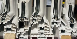 PVC ramen prijs
