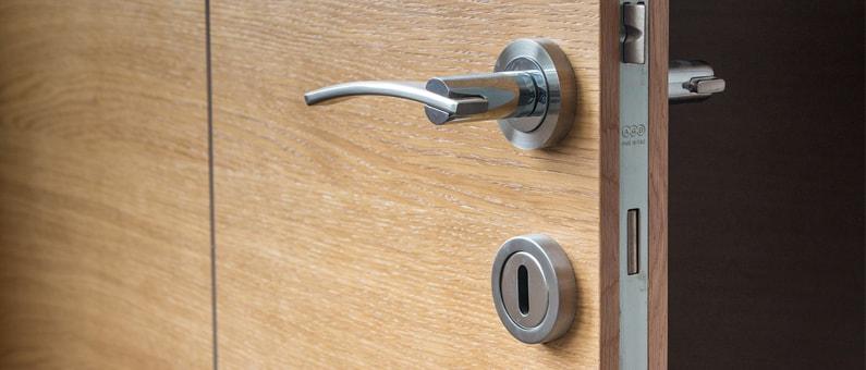 Hoe veilig is een houten deur?